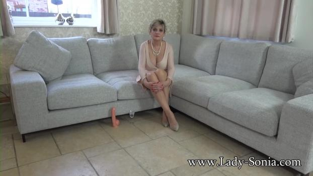 Lady-sonia.com- Auntie Gives A Lesson In Advanced Wanking