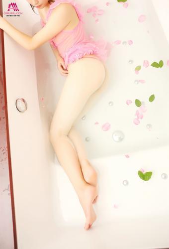 3Agirl No.250
