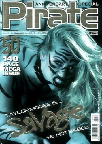 215314815_private_magazine_-_pirate_050.jpg
