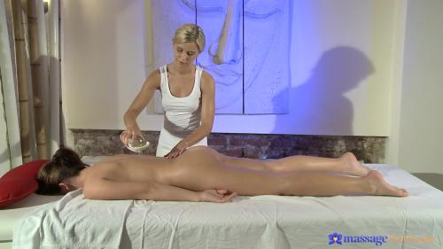 AV Sexyhub dj.12.12.28.boob-massage-gets-client-s-pussy-wet