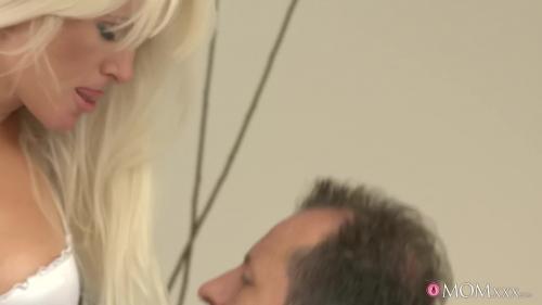 215427687_dj-12-10-02-blonde-milf-satisfies-her-urges-mp4-3 AV Sexyhub dj.12.10.02.blonde-milf-satisfies-her-urges