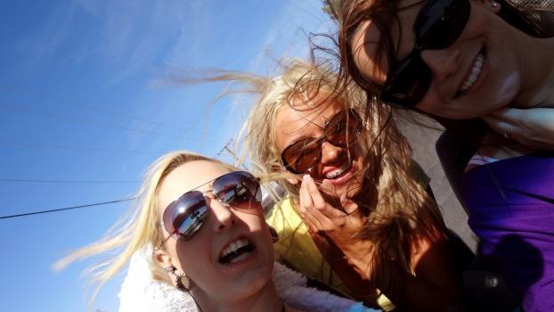Mofos.com- Road Trip With Chicks