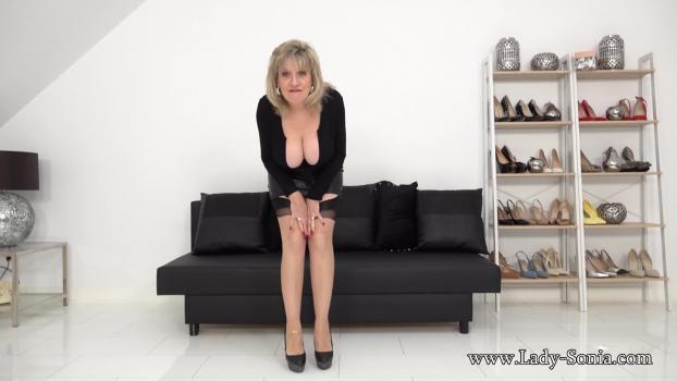 Lady-sonia.com- Busty MILF SPH