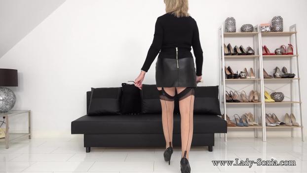 Lady-sonia.com- Busty Femdom JOI