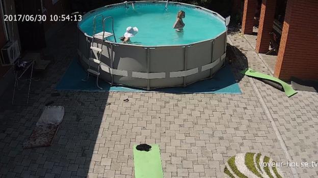 Voyeur-house.tv- Girls swimming topless 2 june 30