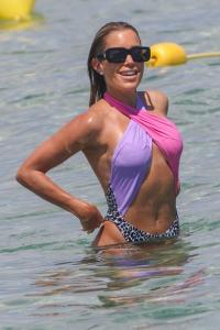 sylvie-meis-in-a-vintage-swimsuit-in-saint-tropez-06-11-2021-4.jpg