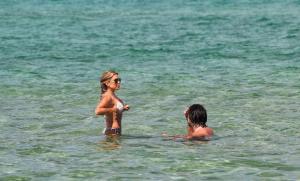 sylvie-meis-in-a-bikini-at-a-saint-tropez-beach-06-10-2021-21.jpg
