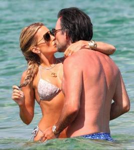 sylvie-meis-in-a-bikini-at-a-saint-tropez-beach-06-10-2021-18.jpg
