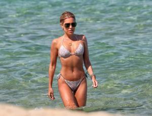 sylvie-meis-in-a-bikini-at-a-saint-tropez-beach-06-10-2021-6.jpg
