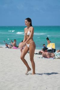 debbie-st-pierre-in-a-white-bikini-at-the-beach-in-miami-beach-06-10-2021-13.jpg